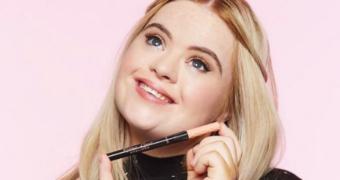 Meet Kate Grant: het allereerste model met het syndroom van Down