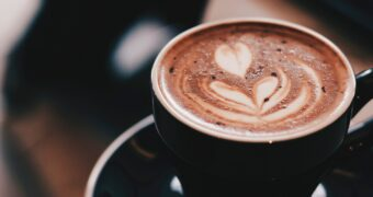 Science says: mensen die koffie drinken leven langer