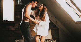 Science says: kleding stelen van je partner vermindert stress