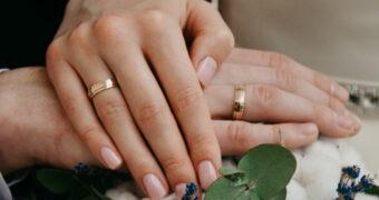 Tot in de puntjes geregeld: De mooiste nageltrends voor je bruiloft