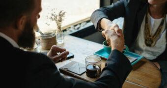 De moeilijkste vraag tijdens een sollicitatiegesprek en hoe je het moet antwoorden