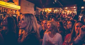De gezelligste plekken om de Oranjeleeuwinnen aan te moedigen bij het WK vrouwenvoetbal