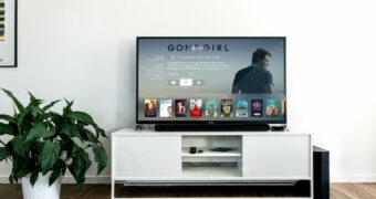 Zo wis je je Netflix kijkgeschiedenis zodat niemand achter jou 'slechte filmsmaak' komt