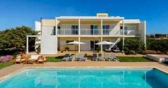 Een onvergetelijke vakantie beleven op Ibiza met je vrienden? Hier wil je overnachten