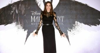 Zo creëer je de iconische look van Angelina Jolie voor Halloween