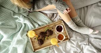 Science says: dit zijn de effecten van eten voordat je gaat slapen
