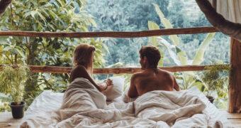 Waarom een lover die van reizen houdt je relatie altijd spannend zal houden