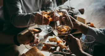Weekendje weg met je vriendinnen? Plan een wijnvakantie in