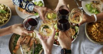 Nooit meer slechte wijn met kerst: Dit zijn de lekkerste van de Albert Heijn