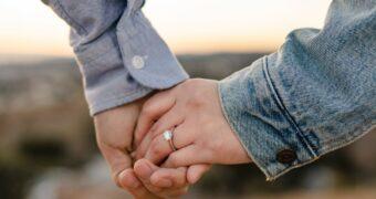 De kans is groot dat jij met kerst ten huwelijk wordt gevraagd