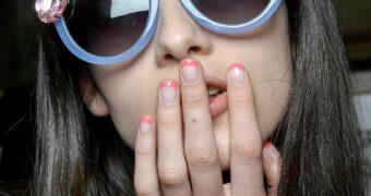 Deze nagellak kleuren zorgen ervoor dat je per direct op vakantie wil