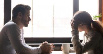 Praat je date enkel over zichzelf? Dit is hoe je de conversatie subtiel draait FEM FEM