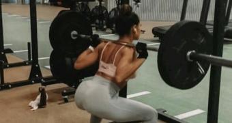 meisje squat
