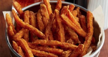 zoete aardappel frietjes