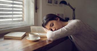 Deze signalen wijzen erop dat je meer slaap nodig hebt