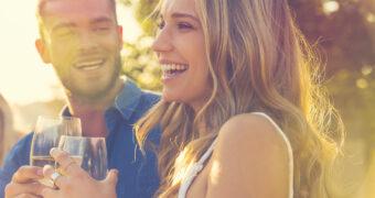Het perfecte excuus: alcohol maakt je aantrekkelijker
